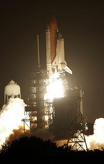 El Discovery hacia la ISS